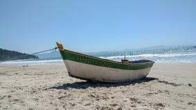 Fin de bateau de Luar de prata dans Florianopolis Br?sil images libres de droits