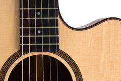 Fin de guitare acoustique sur le fond blanc Photos libres de droits