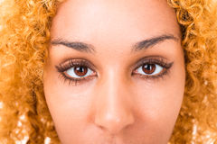 Fin de jeune femme de yeux  Photos libres de droits
