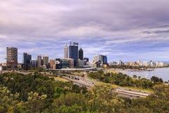 Fin de parc de jour de Perth CBD images libres de droits