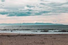 Fin de semana a través de la costa de California - carretera 1 fotos de archivo