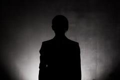 Fin de silhouette d'homme d'affaires  Images stock