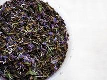 Fin de thé de fines herbes vers le haut Image libre de droits