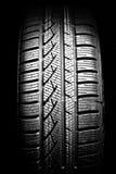 Fin neuve de pneu de véhicule vers le haut en fonction Images stock