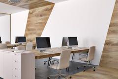 Fin panoramique de marbre de bureau de l'espace ouvert vers le haut de côté Photo stock