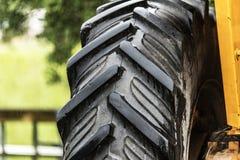Fin pneumatique de détail de tracteur vers le haut de macro Photos stock