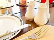 fin restaurangtabell för matställe Arkivbilder