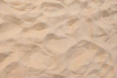 Fin strandsand i sommarsolen arkivfoto