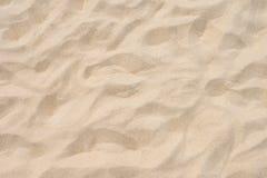 Fin strandsand i sommarsolen fotografering för bildbyråer