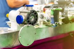 Fin vers le haut de propulseur ou de palette de la pompe à haute pression pour le transfert chimique dissolvant de liquide ou d'h images libres de droits
