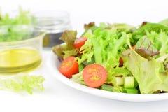 Fin vers le haut de salade fraîche, mode de vie sain de nourriture photo stock