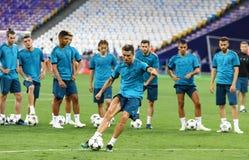 Final 2018 da liga de campeões de UEFA: Treinamento do Real Madrid, Kiev, Reino Unido Imagem de Stock Royalty Free
