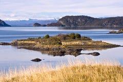 Final del Fireland, Tierra del Fuego. Bahía de Lapataia en Tierra de imagen de archivo