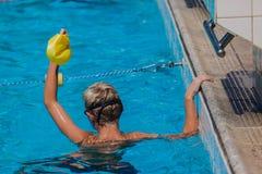 Final del muchacho de la gala de la nadada Fotografía de archivo
