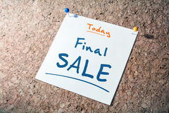 Final SALE Reminder For Today On Paper Pinned On Cork Board Stock Image