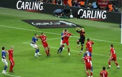 Finale de la Coupe de Carling - gardien de but dans l'action Images stock