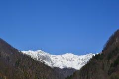 Finales de las montañas del invierno Foto de archivo libre de regalías