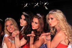 Finalister för skönhetdrottning Royaltyfri Fotografi