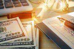Financiële oplossingen voor Kleine onderneming Calculator en geld royalty-vrije stock fotografie