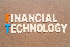 Financiële Technologie die op bruine achtergrond verwoorden Royalty-vrije Stock Foto