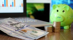 Financiële zekerheid van een Pensionering Bedrijfs en Investeringsconcept stock foto's