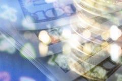 Financiën, het bank concept Euro muntstukken, ons het close-up van het dollarbankbiljet Abstract beeld van Financieel systeem met Royalty-vrije Stock Foto's