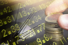 Financiën, het bank concept Euro muntstukken, ons het close-up van het dollarbankbiljet Abstract beeld van Financieel systeem met Stock Foto