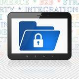 Financiënconcept: Tabletcomputer met Omslag met Slot op vertoning Stock Fotografie