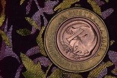 Financiënpiramide - Australische die muntstukken op elkaar worden gestapeld stock foto