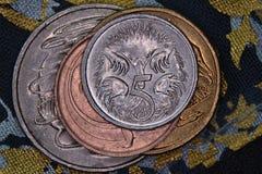 Financiënpiramide - Australische die muntstukken op elkaar worden gestapeld royalty-vrije stock foto's
