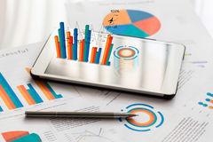 Financial charts on the table Royalty Free Stock Photography
