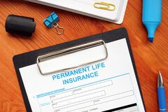 Free Financial Concept About PERMANENT LIFE INSURANCE With Inscription On The Bank Form Royalty Free Stock Photo - 216568225