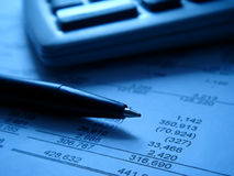 Financial statement with calcu Royalty Free Stock Photos