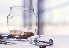 Financiamiento de la atención sanitaria Fotografía de archivo libre de regalías