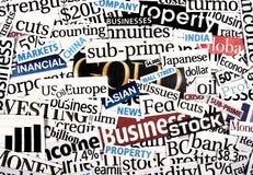 Financiële krantenknipsels. Stock Foto