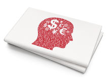 Finansbegrepp: Head med finanssymbol på tom tidningsbakgrund Arkivbilder
