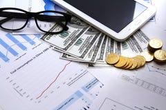Finansbegreppspengar, diagram, mynt, royaltyfri fotografi