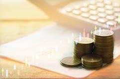 Finanse, zysk, kapitałowa bankowość i inwestorski pojęcie, kopia Fotografia Royalty Free
