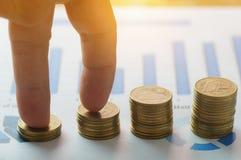 Finansowa kapitałowa bankowość i księgowości narastający up pojęcie, finge Zdjęcia Royalty Free