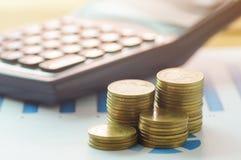 Finansowa kapitałowa bankowość, księgowości pojęcie, pieniądze monety i c, Obrazy Stock