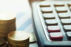 Finansowa kapitałowa bankowość, księgowości pojęcie, pieniądze monety i c, Obrazy Royalty Free