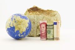 Finanza globale nei periodi rocciosi immagini stock