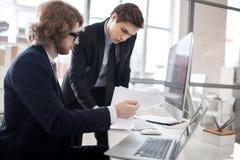 Finanziere bei der Arbeit lizenzfreies stockfoto