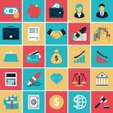 Finanzierung und Ein Bankkonto haben von den flachen Ikonen eingestellt Stockfoto
