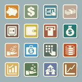 Finanzierung und Geldaufkleberikonenset. Stockbilder