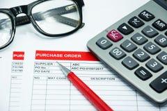 Finanzkaufauftragvertragszeichen-Konzepthintergrund Lizenzfreies Stockfoto