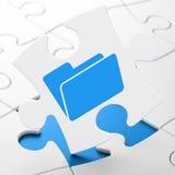 Finanzkonzept: Ordner auf Puzzlespielhintergrund Lizenzfreies Stockbild