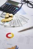 Finanzkonzeptgeld, Diagramm, Münze, Stockfoto