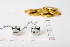 Finanzregelung mit den Diagrammen Lizenzfreie Stockfotos