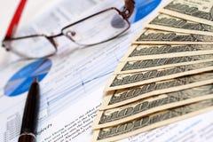 Finanzreport Lizenzfreie Stockfotos